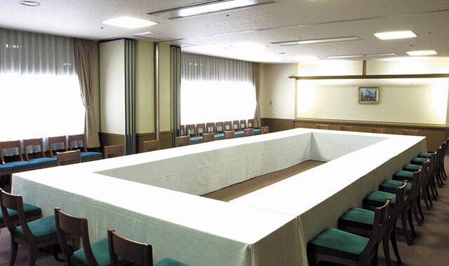 小会議室「すみれ」